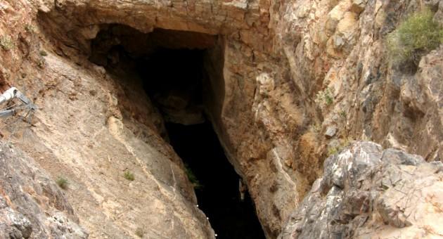 Devils-Hole-CC-Ken-Lund-SA-2.0