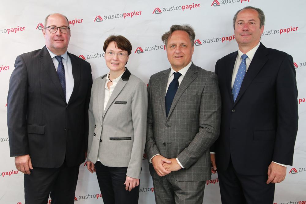 Ernst Spitzbart (UPM Kymmene Austria), Gabriele Herzog (Austropapier), Christian Skilich (Mondi AG), Dr. Kurt Maier (Heinzel Holding)