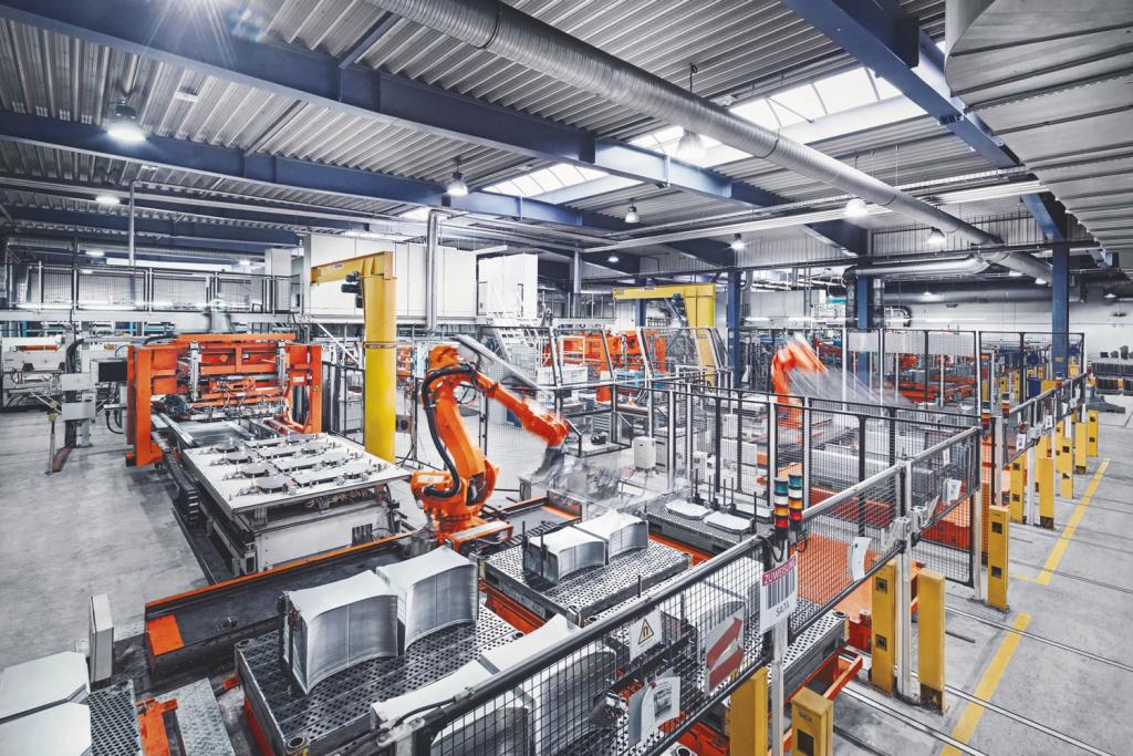 Produktionshalle ohne Menschen